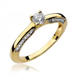 Prsten s diamantem W-9